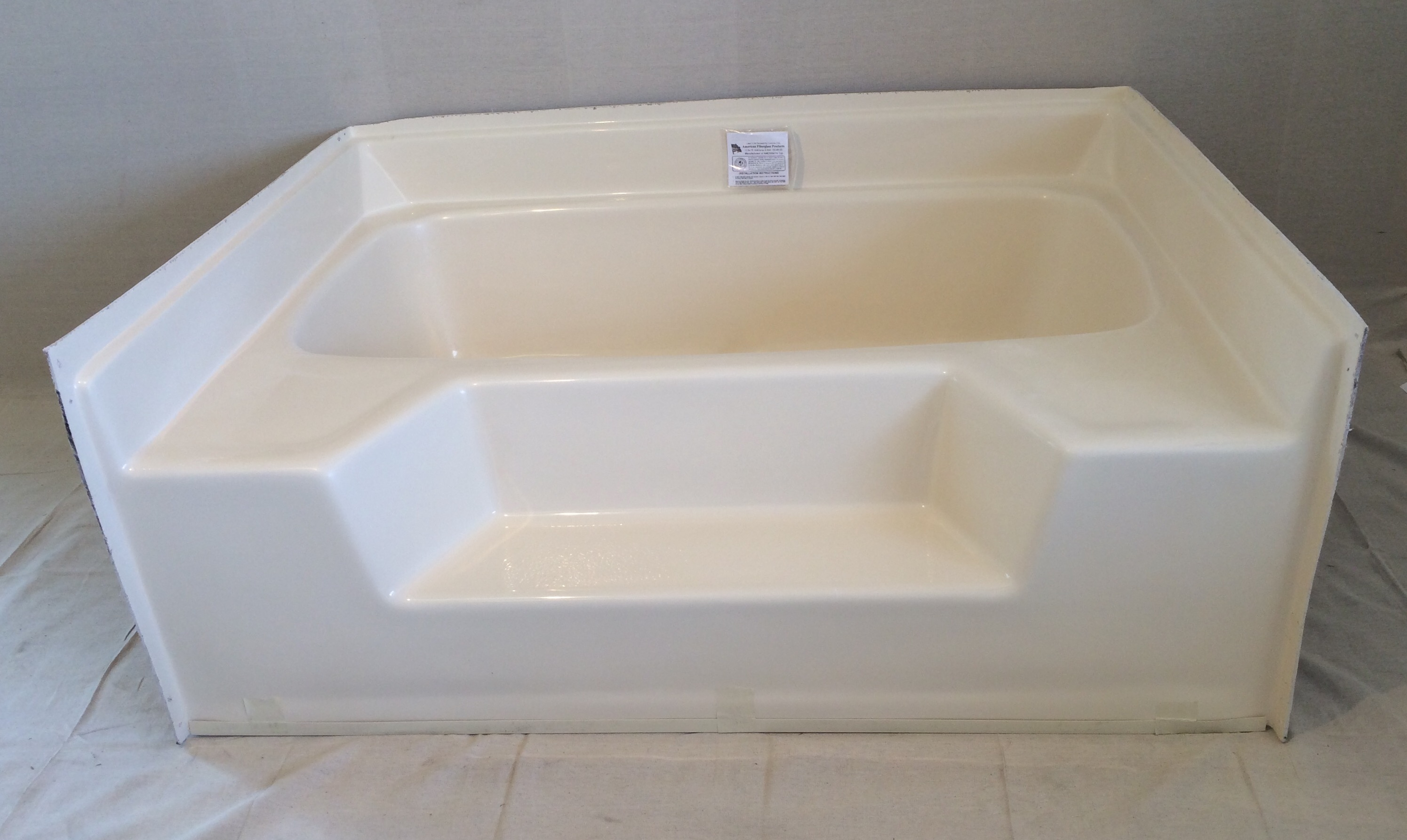 Garden tub royal durham supply for Fiberglass garden tub